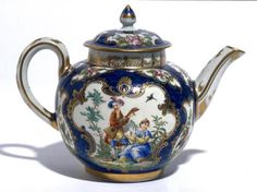 Teapot and cover Worcester Porcelain c. 1770