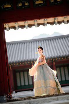 hanbok by Kug Hwan Kim on Korean Traditional Dress, Traditional Fashion, Traditional Dresses, Traditional Styles, Korean Fashion Trends, Korean Street Fashion, Asian Fashion, Hanbok Wedding, Korea Dress