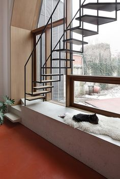 Belgian architects Armand Eeckels and Halewijn Lievens of NU architectuuratelier have renovated...