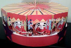 PIÑON FIJO- Torta souvenir, de cajas en forma de porción de torta, para rellenarla con golosinas o lo que imagines. Sorprendé a tus invitados con este original recuerdo de tu fiesta!www.facebook.com/identikid tuidentikid@yahoo.com.ar