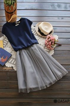 Skirt outfits casual tshirt 41 ideas - Skirt outfits casual tshirt 41 ideas Source by karinfreytag - Outfits Casual, Skirt Outfits, Dress Casual, Modest Fashion, Fashion Outfits, Womens Fashion, Pretty Outfits, Cute Outfits, Mode Simple