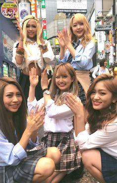 Tokyo Street Fashion, Japanese Street Fashion, Grunge Style, Soft Grunge, Gyaru Fashion, Harajuku Fashion, Lolita Fashion, School Uniform Girls, High School Girls