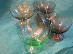 7 x 1950s Champagne Glass Cocktail Dessert Bowl – Vintage – Colored German Süssmuth Glas – Ice Cups – partly labelled – Mad Men von everglaze auf Etsy