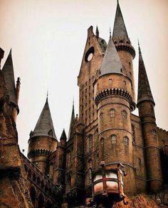 Alnwick aka Hogwarts Castle
