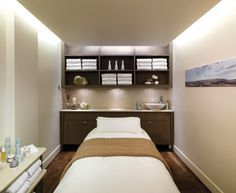 Treatment room layout, nice lighting and storage Gorgeous and comfortable setting! Love it!