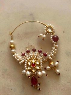 Nose pin Nose Jewelry, Jewelry Design Earrings, Gold Jewellery Design, Nose Ring Designs, Bridal Nose Ring, Rajputi Jewellery, Indian Nose Ring, Jewellery Sketches, Indian Jewelry