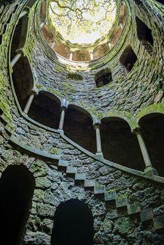 まるでファンタジーの世界! 冒険気分が味わえる魔城「キンタ・ダ・レガレイラ」                                                                                                                                                                                 もっと見る