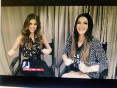"diegobarrioss : Hermoso reencuentro!!! @anahi y @MaiteOficial en PJ!!! ""Siempre juntas"" se dijeron... Lindas!! http://t.co/Cs1BnJCnh3 