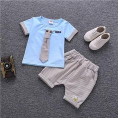 Baby clothes should be selected according to what? How to wash baby clothes? What should be considered when choosing baby clothes in shopping? Baby clothes should be selected according to … Summer Wear For Boys, Kids Wear Boys, Boys Summer Outfits, Outfit Summer, Dress Summer, Baby Outfits, Toddler Outfits, Kids Outfits, Baby Set