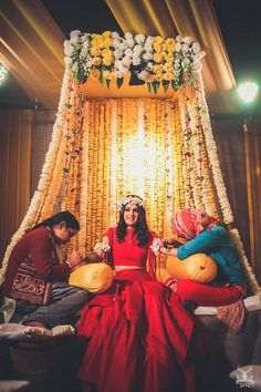 A bride who wore red on her mehendi, a groomglowing with love and a family that celebrated their union with loads of laughter and fun, this Delhi wedding totally stole our heart! Desi Wedding Decor, Wedding Hall Decorations, Luxury Wedding Decor, Marriage Decoration, Wedding Mandap, Sikh Wedding, Wedding Ideas, Punjabi Wedding Decor, Wedding Entrance