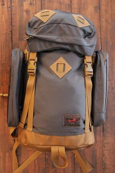 The Guide's Pack by Tom Bihn