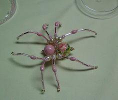 Shawkl: Beaded Spider Tutorial http://www.shawkl.com/2011/09/beaded-spider-tutorial.html