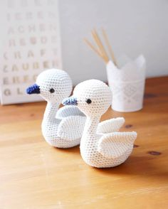 Mesmerizing Crochet an Amigurumi Rabbit Ideas. Lovely Crochet an Amigurumi Rabbit Ideas. Crochet Birds, Crochet Bear, Cute Crochet, Crochet Animals, Crochet Patterns Amigurumi, Amigurumi Doll, Crochet Dolls, Knitting Patterns, Motif Mandala Crochet