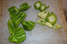 Best Jalapeno and Bell Pepper Jelly ever! It's so easy to home can/preserve this delicious jelly that can be used as a dip, spread - the uses are endless! Green Pepper Jelly, Jalapeno Pepper Jelly, Jalapeno Jam, Pepper Relish, Stuffed Jalapeno Peppers, Bell Pepper, Stuffed Green Peppers, Jalapeno Jelly Recipes, Pepper Jelly Recipes