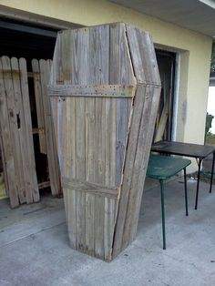 Haunted house prop coffin