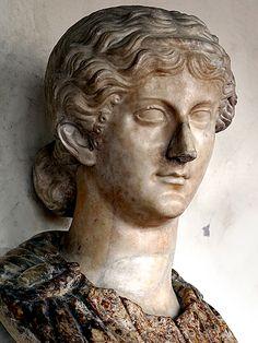 women of rome Roman Sculpture, Historical Women, Roman History, Roman Art, Ancient Rome, Roman Empire, Romans, Painted Rocks, Painting