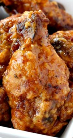 Whiskey Wings ~ Crunchy, deep fried wings tossed in a sweet whiskey glaze - or you can bake them too Crispy Fried Chicken Wings, Cooking Chicken Wings, Chicken Wing Recipes, Deep Fryer Chicken Wings, Chicken Wing Sauces, Turkey Recipes, Meat Recipes, Appetizer Recipes, Cooking Recipes