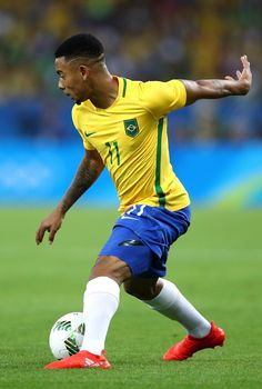Gabriel Jesus of Brazil in action during the Men's Football Final between Brazil and Germany at the Maracana Stadium on Day 15 of the Rio 2016 Olympic Games on August 20, 2016 in Rio de Janeiro, Brazil.