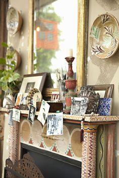 Maison au Naturel Interior Design by Schuyler Samperton - Being Tazim Vanessa Bell, Charleston Style, Charleston Homes, Virginia Woolf, Mantle Styling, Bloomsbury Group, Home Interior Design, Luxury Interior, Interior Decorating