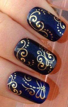 déco ongles originale, stickers bijoux éclat métal doré