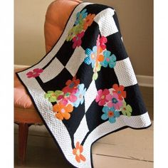 AccuQuilt Fabric Cutter are faster than a traditional rotary cutter and are safer and more accurate. Better Cuts Make Better Quilts. Easy Quilts, Small Quilts, Mini Quilts, Colchas Quilt, Applique Quilts, Wool Applique, Black And White Quilts, Black White, Flower Quilts