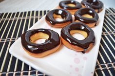 Donut Tarifi :http://www.resimliyemektariflerin.com/donut-tarifi.html