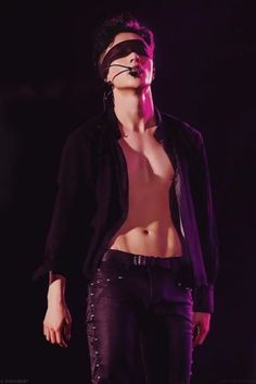 Yixing and that V.......