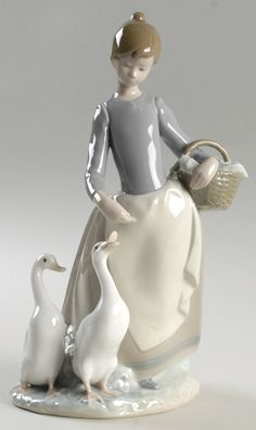 Lladro Figurines | Lladro Figurines Spanish Artistry In Porcelain at Replacements, Ltd.