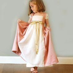 Disfraces para niña de princesa de BelandSoph.com http://charhadas.com/specials/452-especial-disfraces/special_items/29585-disfraces-para-nina-de-princesa