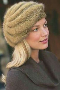 Resultado de imagem para how to knit beret hats Loom Knitting, Knitting Stitches, Baby Knitting, Sombrero A Crochet, Knit Crochet, Crochet Hats, Knitted Beret, Cute Hats, Knitting Accessories