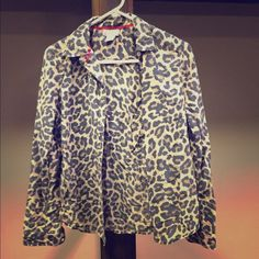 Leopard button up. JC Penney brand leopard print button up. Still in good condition. jcpenney Tops Button Down Shirts