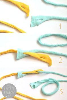 How to Make Beautiful Rag Rug {& DIY T-shirt Yarns!} - A Piece Of Rainbow - - Detailed tutorial on how to make beautiful rag rug with easy DIY t-shirt yarn, & how to weave bohemian rag rugs on a cardboard loom or hula hoop loom! Yarn Crafts, Fabric Crafts, Sewing Crafts, Upcycled Crafts, Wood Crafts, Sewing Art, Plastic Bag Crafts, Vinyl Crafts, Felt Crafts