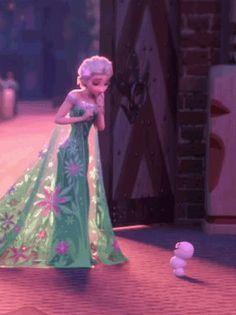 Elsa and lil bubby snowman <---- OH MY GOSH SO PRECIOUS