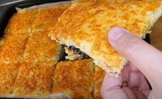 Zemiaková placka na plechu: Chutné, rýchle a lacné jedlo, ktoré pripravíte za 10 minút a potom už len upečiete! Pizza, Cheese, Ethnic Recipes, Food, Essen, Meals, Yemek, Eten