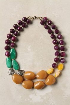 i need a necklace like this, the right jewlery can totally make an outfit.