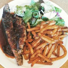 Steak and Frites National French Fry Day, Today Is National, French Fries, Steak, Instagram Posts, Food, French Fries Crisps, Chips, Eten