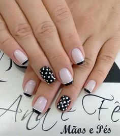 Effect polka dots 😏😏😏😌😏😌 😏😏😏😌😏😌 – Beleza Chic Nails, Stylish Nails, Cool Nail Designs, Acrylic Nail Designs, Pink Nails, Toe Nails, Nail Art Hacks, French Nails, Nail Arts