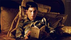 *albus annoyed at James for interrupting his reading*
