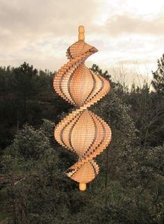 Windspiel,Spirale,aus Akazie und Mooreiche von Intarsienwelt auf DaWanda.com