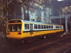 Regional Railways 142 058 BREL/Leyland DMU, seen leaving Liverpool Lime Street in 1994 Electric Locomotive, Diesel Locomotive, British Rail, Model Trains, Great Britain, Regional, Liverpool, Transportation, Lime
