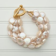 toggle coin pearl
