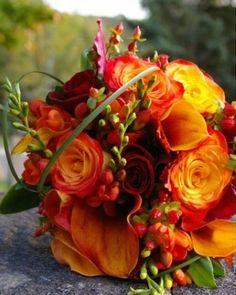 autumn centrepiece, seasonal flowers, orange and red floral centrepiece, table decor