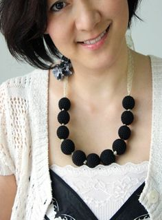 12 Crochet Necklace Patterns - make your own jewelry with these unique patterns!