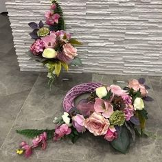 Fall Home Decor, Autumn Home, Vence, Cemetery Flowers, Baby Wedding, Funeral, Floral Arrangements, Wedding Favors, Christmas Wreaths