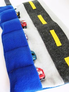 Free sewing tutorial for toy car caddy