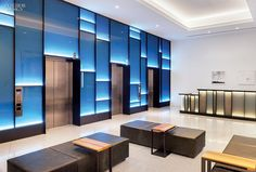 The elevator lobby at a San Francisco office building, Pacific Place, by Sand Studios and Studios Architecture. Photography courtesy of Pacific Place. Design Entrée, Design Visual, Design Hotel, Wall Design, House Design, Studios Architecture, Light Architecture, Interior Architecture, Lobby Interior