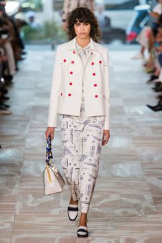 Trends Spring 2017:Hey, Sailor -Tory Burch