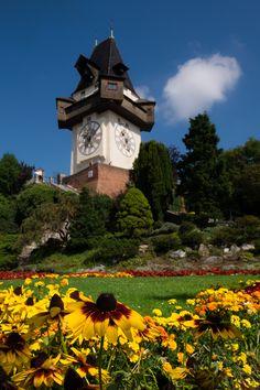 Graz: tra Design, Food e tradizione . Food Design, Austria, Outdoor Decor, House, Travel, Graz, Viajes, Home, Destinations