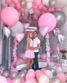 How to decorate bedroom for valentine romantic night 2 Birthday Goals, Birthday Photos, Baby Birthday, Birthday Bash, Birthday Parties, Balloon Decorations, Birthday Party Decorations, Party Themes, Wedding Decorations