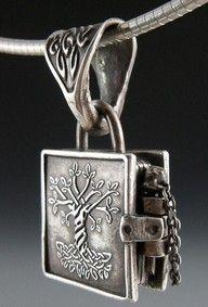 Silver Celtic Knot Tree of Life Locket
